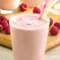 KetoCal Raspberry smoothie.jpg